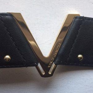 Vince Camuto black leather belt